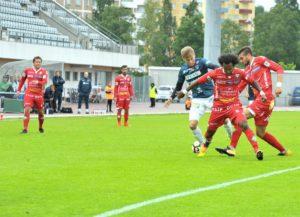 Walter Moore on esiintynyt Jaron paidassa useasti myös AC Oulun vastaan (Kuva: Kari Väre)
