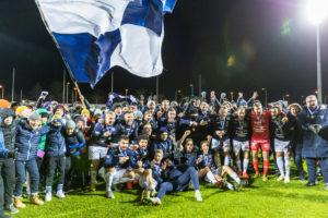 AC Oulu juhli nousua Veikkausliigaan kymmenen vuoden tauon jälkeen (Kuva: Elias Mustonen)